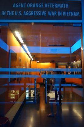 salle orange musée de la guerre du vietnam - blog yoytourdumonde